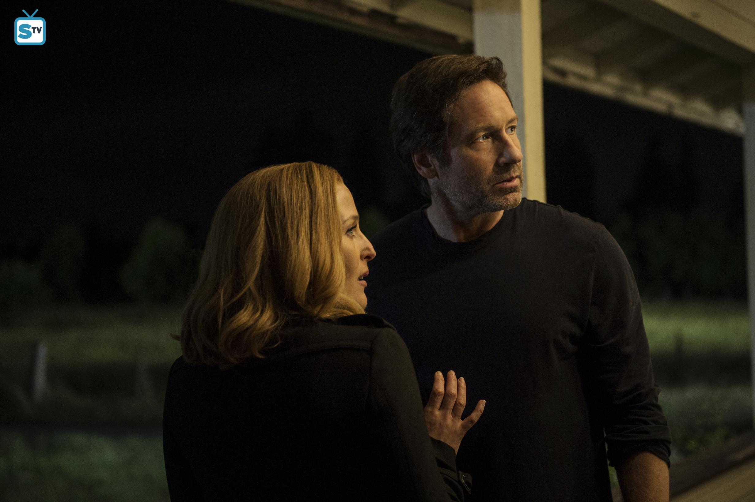 X-Files_1001_060815_sc28_0013DJ1_hires1_FULL
